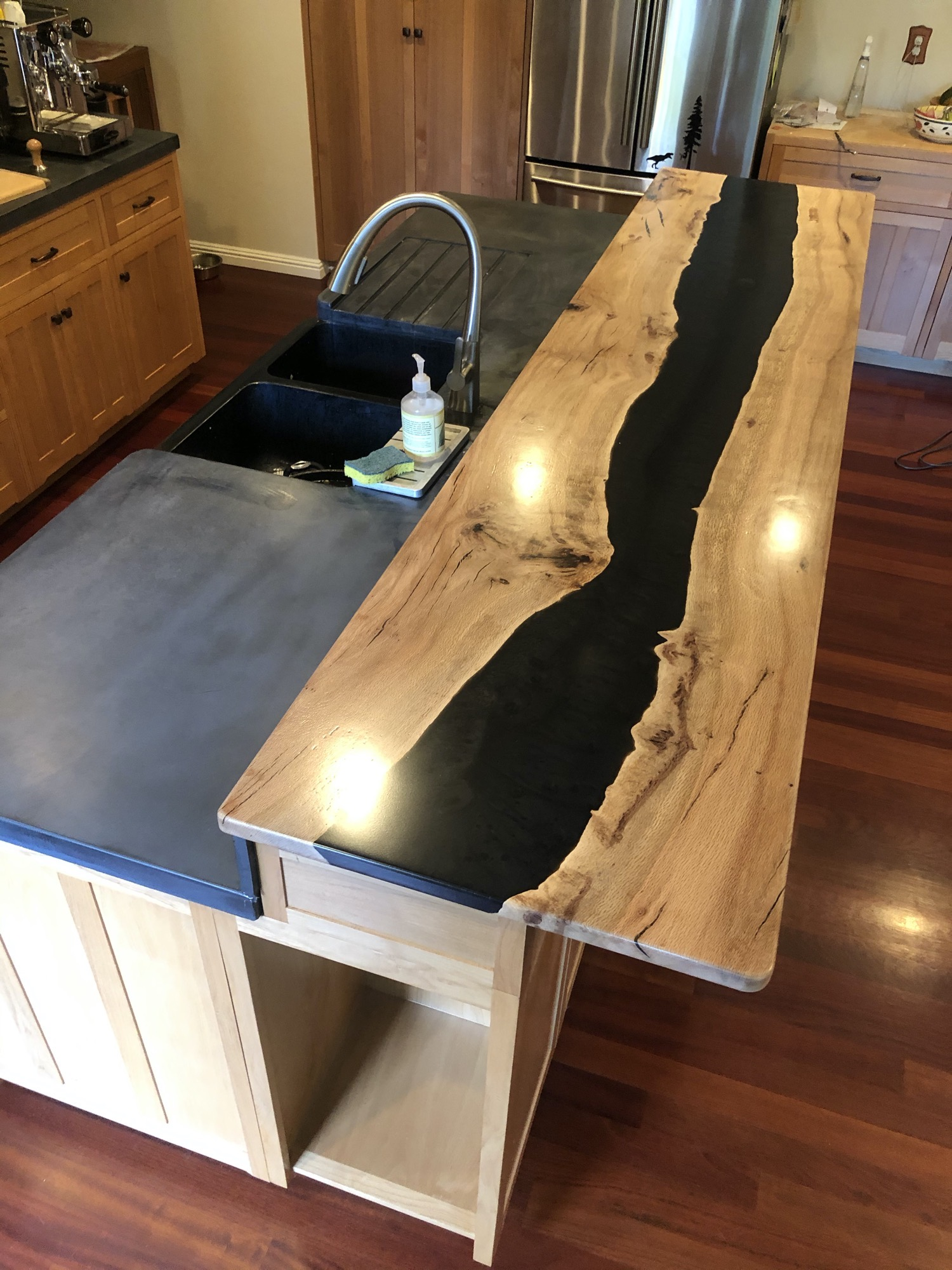 Bar top - oak and black epoxy