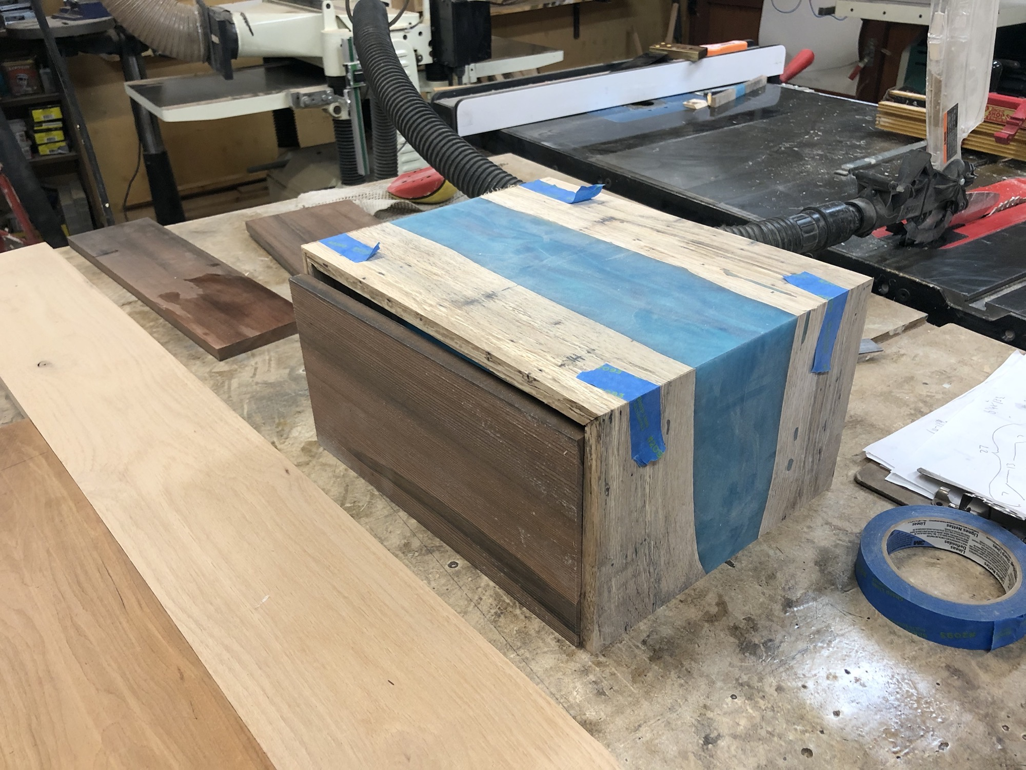 River box with redwood sides